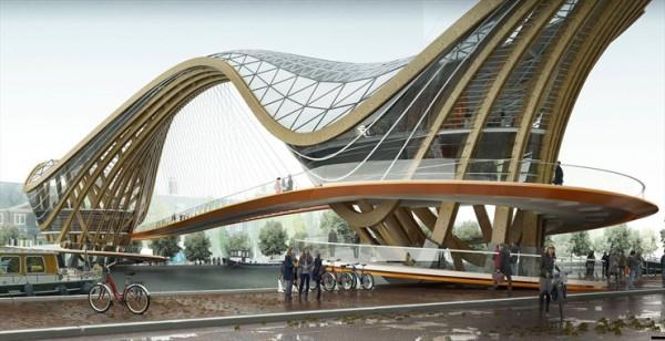 Мост в Амстердаме с использованием дерева