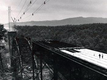 Новая Река Западная Вирджиния, Строительство моста в 1970 гг.