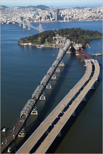 Строительство восточного пролета моста Бэй-Бридж